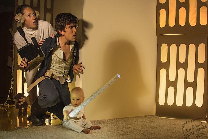 Καταπληκτικόι γονείς κάνουν ριμέικ ταινιών με τον 10 μηνών γίο τους!
