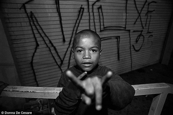 Μεγαλώνοντας στις πιο σκληροπυρηνικές συμμορίες της Νέας Υόρκης