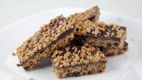Crunch !!!!Η αγαπημένη μας σοκολάτα φτιαγμένη από τα χεράκια μας!