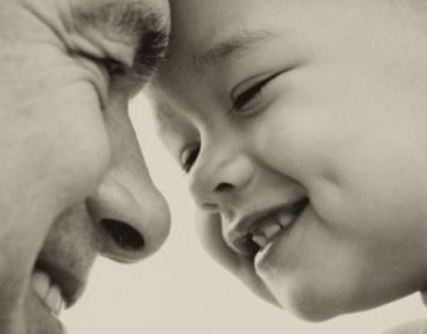 Η άδεια καθημερινότητα ενός μόνου μπαμπά. Το γράμμα που μας ράγισε την καρδιά