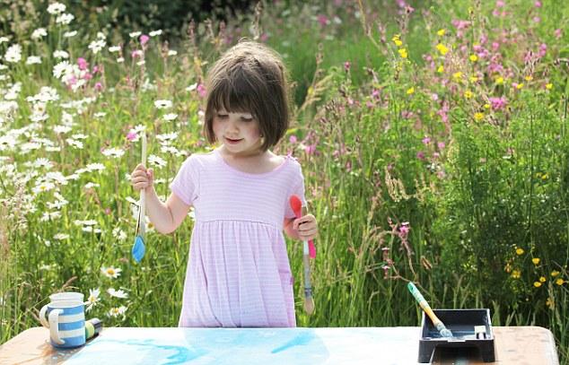 Iris Halmshaw Η τετραχρονη ζωγραφος με αυτισμό