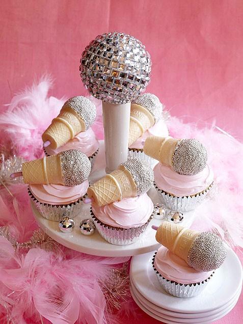 Συνταγη για cupcakes μικρόφωνα!