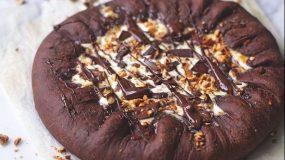 Συνταγη για πιτσα σοκολατας!!!!!