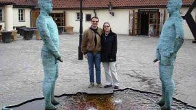 Οι πιο περίεργες φωτογραφίες με αγάλματα