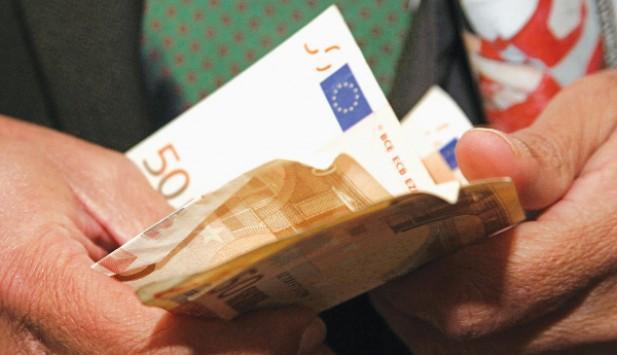 Όλη η απόφαση για το εγγυημένο εισόδημα – Ποιοι θα παίρνουν επίδομα 400€ το μήνα