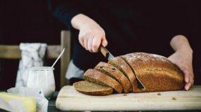 Πώς θα ξανακάνεις φρέσκο το μπαγιάτικο ψωμί + 19 ακόμη υπέροχα μυστικά