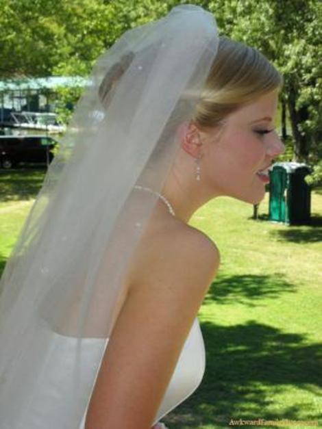 Κατεστραμμένες φωτογραφίσεις γάμου - εικόνες που δεν προκαλούν καμία συγκίνηση αλλά άφθονο γέλιο
