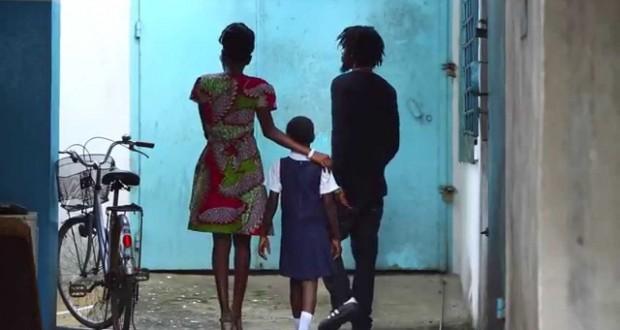 UNICEF :Μια αληθινή ιστορία σεξουαλικής παιδικής κακοποίησης σ' ένα συγκλονιστικό BINTEO…