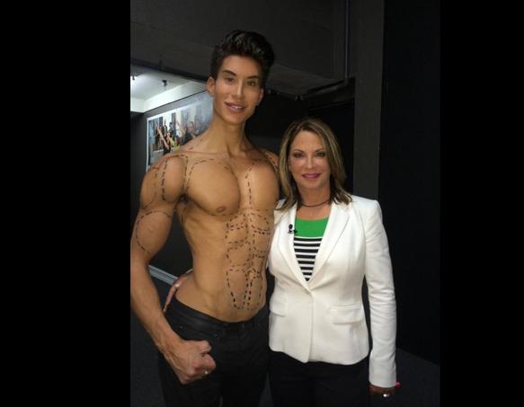 Μετά την Barbie ο Ken! Γνωρίστε τον ανθρώπινο... Ken!
