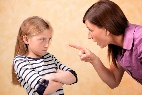 Σταματήστε να κάνετε αυτά τα οχτώ πράγματα στο παιδί σας!