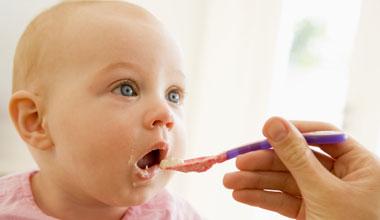 Σάλος από αποκαλύψεις για καρκινογόνα χημικά σε παιδικές τροφές