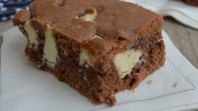 Πανεύκολα  Brownies με νουτέλα (μόνο 4 υλικά)