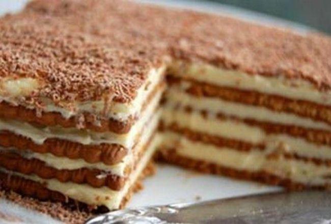 Φτιάξε  ΛΑΧΤΑΡΙΣΤΟ γλυκό με μπισκότα!