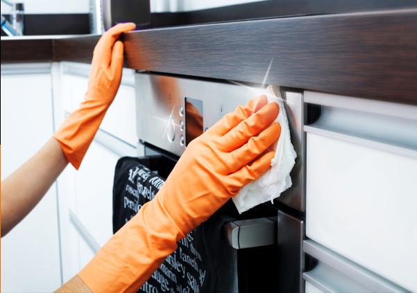 Πώς να καθαρίσετε το φούρνο σας χωρίς χημικά