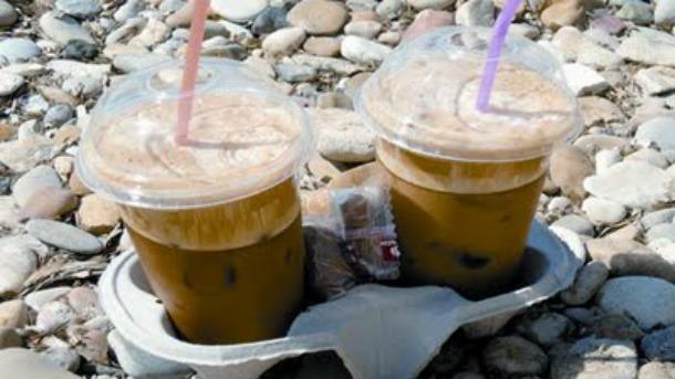 ΕΡΕΥΝΑ ΣΟΚ! Επικίνδυνα για ΚΑΡΚΙΝΟ τα ποτηράκια του καφέ!