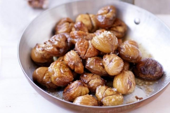 Γλυκό του κουταλιού κάστανο και TIP μονο για σας,πως να ξεφλουδίσετε εύκολα τα κάστανα