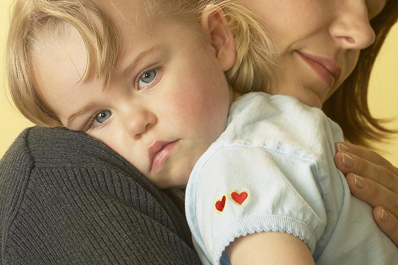 Τι συμβαίνει στα μωρά όταν μας βλέπουν θυμωμένους; Το video που πρεπει να δουν ολοι οι γονεις