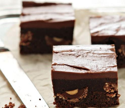Brownies με nutella και σοκολατάκια Ferrero Rocher