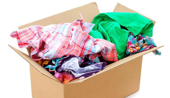 Πώς να μαζέψετε εύκολα τα καλοκαιρινά ρούχα!