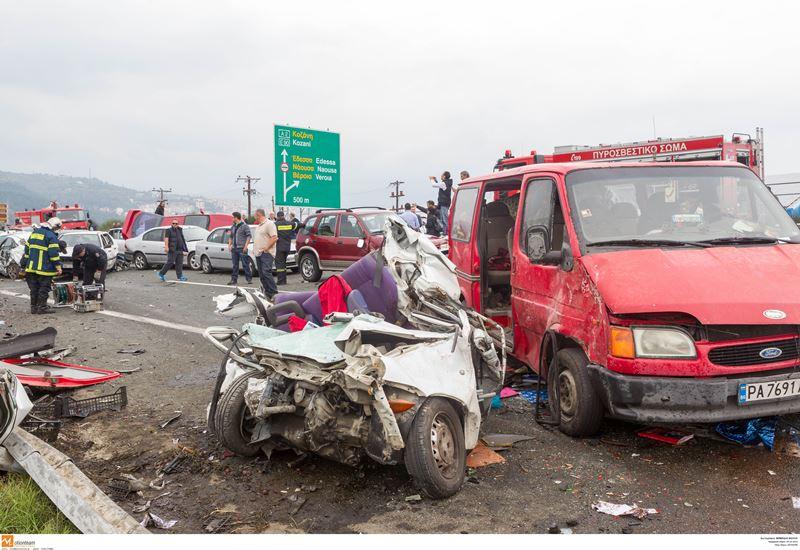 Καραμπόλα θανάτου στην Εγνατία Οδό (ΕΙΚΟΝΕΣ & ΒΙΝΤΕΟ)