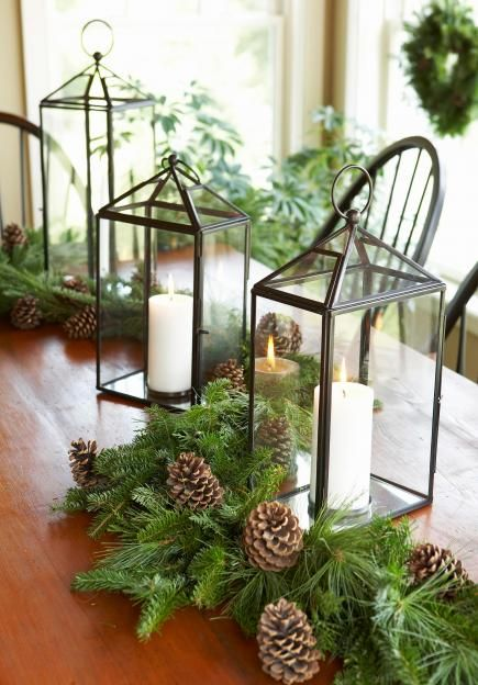 Christmas centerpiece ideas: lantern