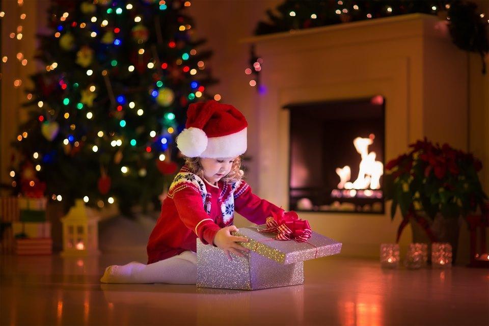 Να θυμίζουμε στα παιδιά μας την αξία του Χριστουγεννιάτικου δώρου! Όχι την ποσότητα!