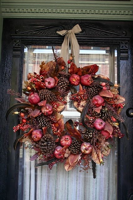 apple & pinecone wreath