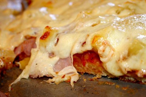 Η πιο εύκολη συνταγή για ζύμη λαχταριστής πίτσας με 4 υλικα!Βημα βημα!