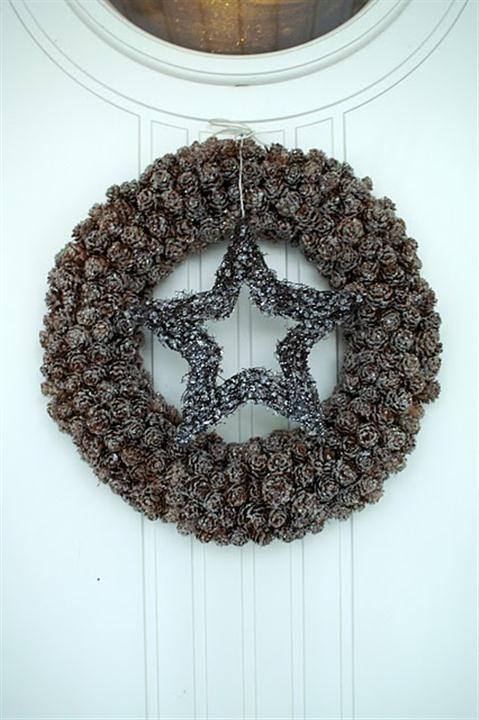pine cone wreath with star center
