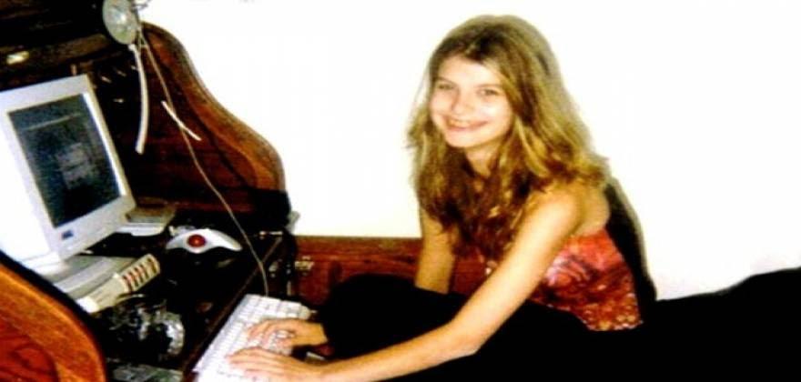 Κρατούσε 13χρονη με αλυσίδες, τη βασάνιζε και τη βίαζε. Οι κίνδυνοι του chat
