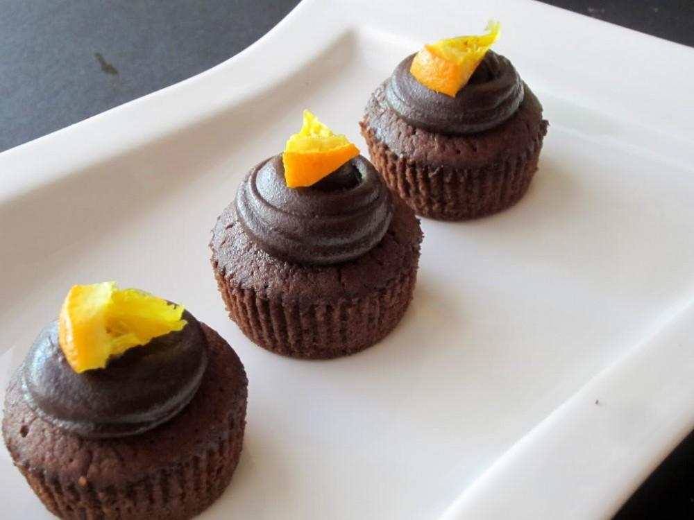Πανευκολα Cupcakes Πορτοκάλι - Πραλίνα