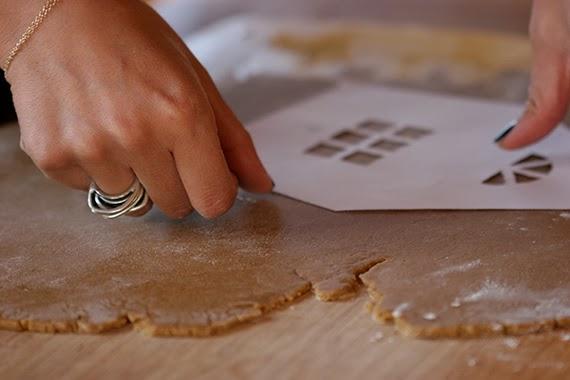 Χριστουγεννιατικα μπισκοτοσπιτα! Η καλύτερη συνταγή για Χριστουγεννιάτικα σπιτάκια