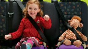 Οδηγιες για την ασφαλη μεταφορα παιδιων σε αυτοκινητο