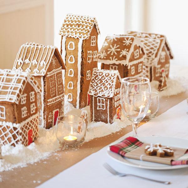 tableart_christmas_gingerbread_house_centerpiece.jpg