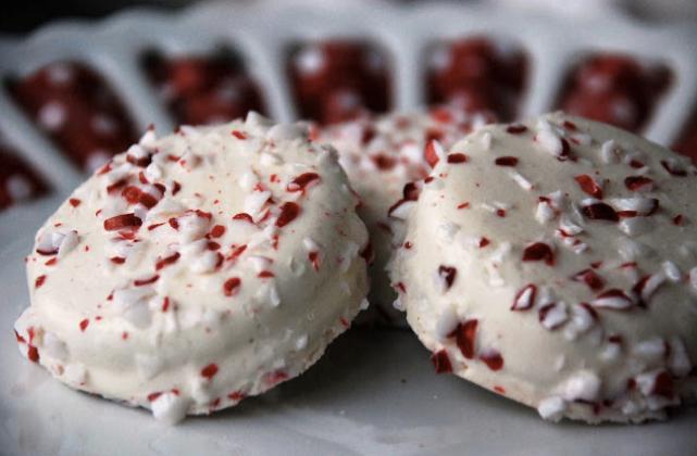 white-chocolate-covered-oreos-recipe
