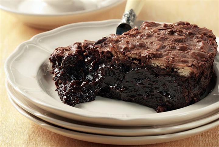 Σοκολατένιο μους-κέικ από την αγαπημενη μας Αργυρω Μπαρμπαριγου