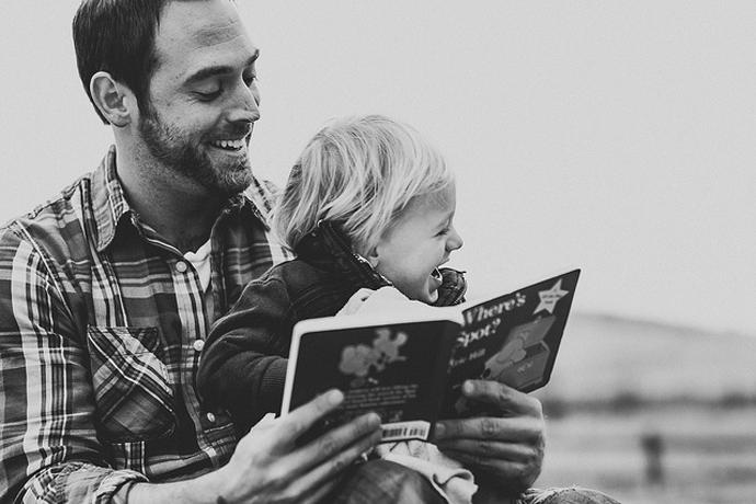 Γιατί τα παιδιά χρειάζονται ( τόσο πολύ) τους μπαμπάδες τους;