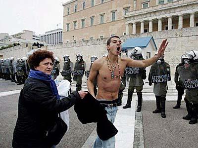 Ο ορισμός της Ελληνίδας Μάνας σε 15 αστεία στιγμιότυπα! (12)