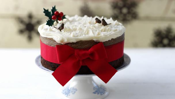 Πανεύκολο Χριστουγεννιατικο κέικ σοκολάτα με 4 υλικά!