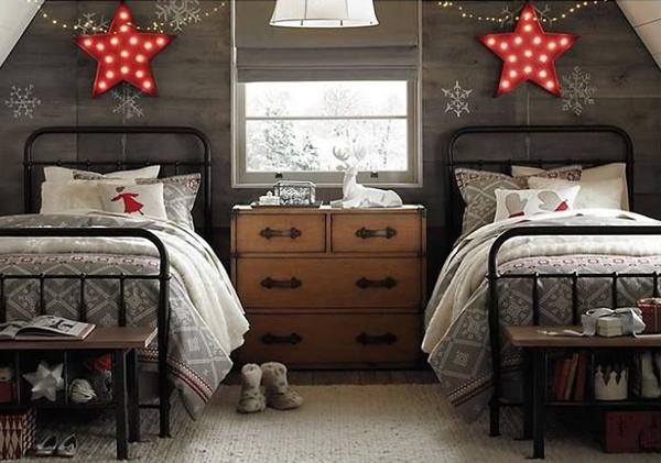 two beds christmas room decor 15 Christmas Kids Bedroom Ideas