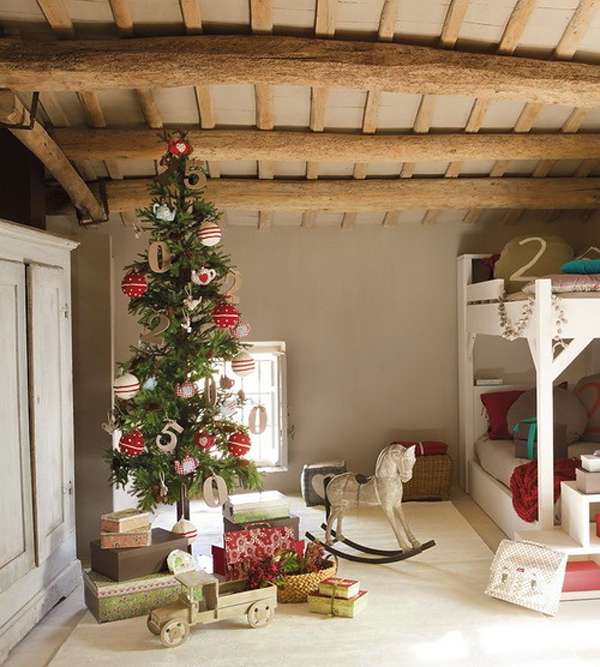 wood christmas bedrooms for kid 15 Christmas Kids Bedroom Ideas