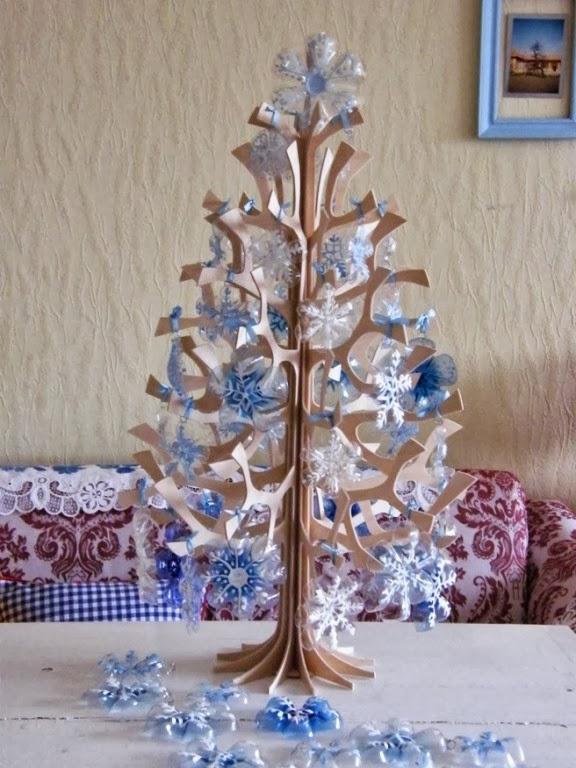35 Υπέροχες Χριστουγεννιατικες κατασκευες από ανακυκλώσιμα υλικά