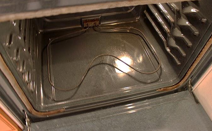 Ενα μοναδικό τιπ για να εξαφανίσετε τα λίπη από το φούρνο  ενω κοιμάστε!Φωτογραφίες βήμα βήμα!