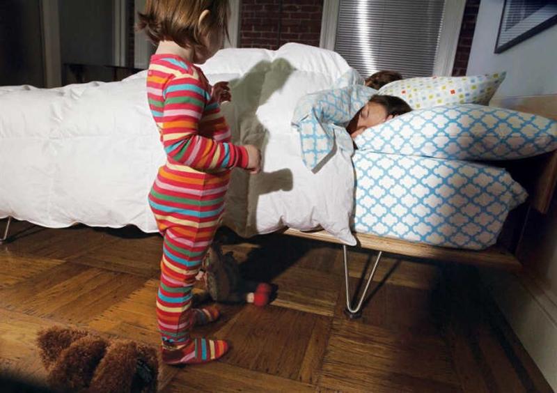 Ήρθε πάλι το παιδί στο κρεβάτι σας; Συμβουλές για να επιστρέψει στο δικό του!