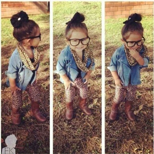 Baby Girl Names 2014: Chic & Trendy Ideas...don't care about the link this is just an adorable little girl!