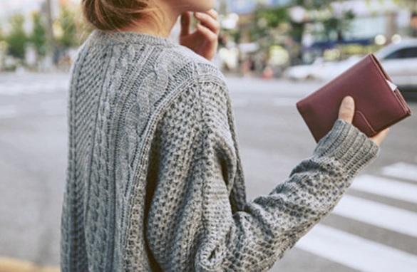 Πως θα επαναφέρετε τα χρώματα στα μάλλινα ρούχα ;Δείτε το φοβερό tip!