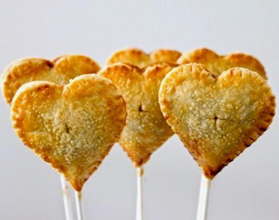 Δείτε πως να φτιάξετε βήμα βήμα pie pops με γέμιση! Η τέλεια ιδέα για παιδικό πάρτυ!