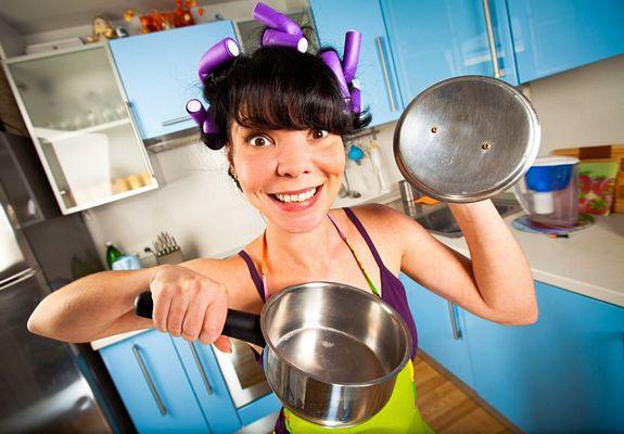 Το κόλπο που σίγουρα δε ξέρατε!Δείτε πως θα γυαλίσετε πανεύκολα και χωρίς κόπο όλα τα σκεύη της κουζίνας!