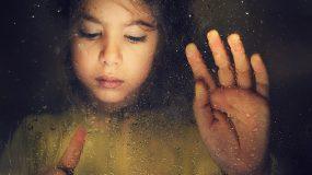 7 φράσεις που καταστρέφουν τον ψυχισμό του παιδιού μας!
