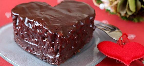 Σοκολατενιος πειρασμος σε σχημα καρδιας !Το ιδανικο γλυκο για του Αγιου Βαλεντινου